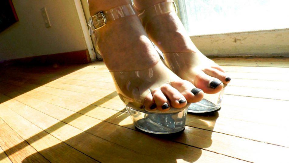 Buttman's Obsession: Pretty Feet