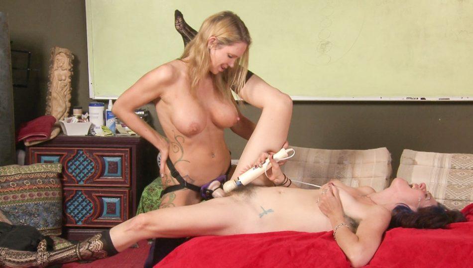Lesbian strap on sex movies