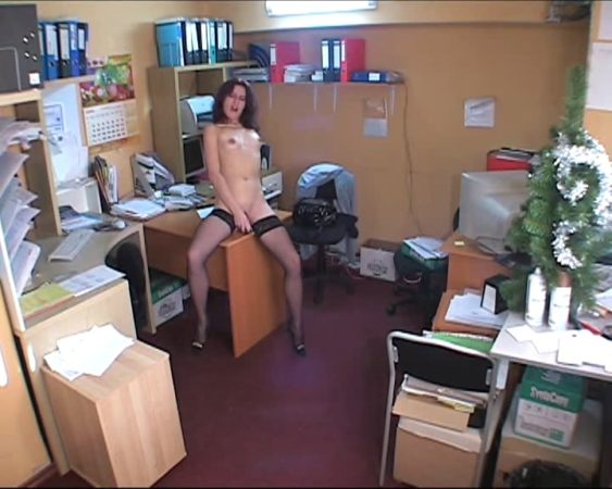 Naked babe having fun in the office!